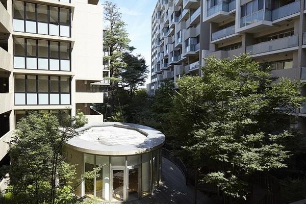 住人発のイベントで交流促進!里山のような緑と「経年美化」するマンション