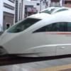 【鉄道ニュース】小田急電鉄、ロマンスカー「VSE」50000形に「箱根ゴールデンコース60周年」ヘッドマークを9月7日から掲出開始