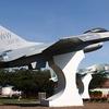 【青森県】航空自衛隊・在日米空軍三沢基地の展示機