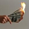 心理研究から、お金がないと考えるほど貧困に陥る事が判明?!
