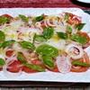 トマトサラダとパスタ