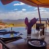 SARUNIリゾートならいつでも絶景ダイニング ケニア サンブル保護区