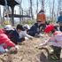 森のお遊び会 4月 麦の種蒔き、巣箱つけ