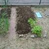 ようやく畑の準備。堆肥投入!