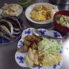 幸運な病のレシピ( 952 )朝:オムレツ(チーズと昨日の残り)、イワシ丸干し、タクワン、味噌汁、餃子の餡