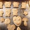 娘と型抜きクッキー作り