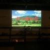 倉庫DIYリノベ プロジェクターの取り付け 白い壁に写せば「なんちゃって映画館」に