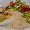 ヤリイカとアボガドのサラダプレート、鯖の焼きもの