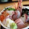 館山なぎさ食堂で絶景&絶品料理を楽しめます!