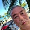 真夏の北海道一周旅行で人生の仕切り直しを決行した1998年7月を思い、近年同様の気持ちで行ったグアム・ハワイの常夏リゾートの海外旅行にも想いを馳せる。