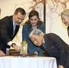 両陛下、スペイン国王夫妻を静岡に案内