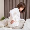 朝起きたら腰が痛い原因ってなんだろう?チェックしたい2つのクセと、気軽にできる腰痛ケア