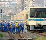 小田急線脱線事故現場に遭遇!車両の写真と振り替え輸送の混雑について