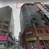 ビル外壁の金属が落下、65歳男性を直撃し死亡 横浜