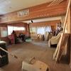 半地下室はビリヤード部屋 別荘DIY