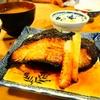 飯田橋で最も偉大で幸福な昼飯、三州屋の銀むつ照焼定食。