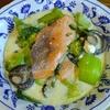 鮭と牡蠣とブロッコリーと青梗菜のクリーム煮