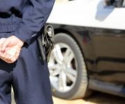 3歳の甥と2歳の姪を平手で叩いた男の逮捕で、「通報者」に疑問の声が