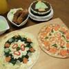 クリスマスの魚と車輪のピザ