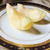 桃をおいしく食べるための剥き方と切り方|品種や熟度によって皮むきの方法も変わる?