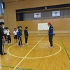 5年生:体育 長なわの練習