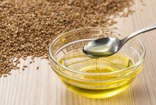 亜麻仁油の効果・効能。おすすめ商品、摂取量や選び方の注意点は?