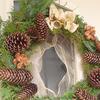 クリスマスリースを手作り 今年は野山が不作