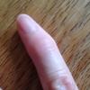小指が変。