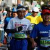 先頭通過から12分後くらいまで:2km過ぎ@おかやまマラソン2016(13日)