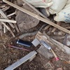 薪割り小屋の片づけ 種は出してね Cleaning the wood splitting hut