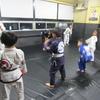 金曜日フルタイムキッズ柔術クラス、一般柔術クラス。