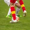 陸上やサッカー競技者に多いスネの痛みは練習量と関係⁈