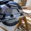 電動工具のメンテナンスと鑿の仕込み