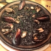 駅直結!エソラ池袋のスペインバルラ・ボデガでディナー。おまかせタパス盛り合わせとイカスミのパエリアをいただきました!