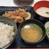 吉野家駅ナカ店には鍋膳なし。季節外れの麦とろ牛皿御膳にがっかり