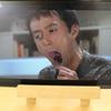 Fire HD 10 タブレット(Newモデル)の大きなディスプレイは動画鑑賞にも読書にもピッタリ
