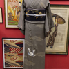 グレーに鳩刺繍着物×黒地桜刺繍名古屋帯