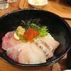 【浜けん】千円でお釣り!コスパ優秀な海鮮丼(中区袋町)