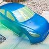 MAZDAデミオ軽量ボディをフロストカラーで塗装しました! タミヤスプレー缶の収納に便利なケースもご紹介!