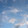 太陽が去った後の空が、「ほっ」としている夏の夕方 see you tomorrow
