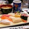 日本で頂く寿司は美味しゅうございます。