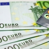 留学・ワーホリの「お金の持って行き方」完全ガイド|現金+ここから2枚のカードを選んで出発しよう!