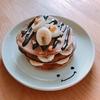 朝ご飯:ココア生地ホットケーキでケーキ風~バナナとクルミを添え~