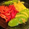 【1食93円】パプリカとアボカドのMCTオイルドレッシングサラダの作り方