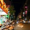 土曜日深夜0時の松山繁華街の風景