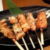 焼き鳥盛り合わせ、真鯛の棒寿司など