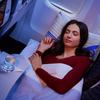 アスタナ航空[02] エコノミー・スリーパー・クラス:3つの座席を独占・枕・マットレス・羽毛布団が提供されて安眠出来るサービス
