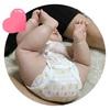 【生後4ヶ月】寝返り、おもちゃ遊び、両足いじり。