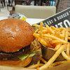 【ランチ】小食な人にもちょうどいいグルメバーガー「J.S. BURGERS CAFE ららぽーと立川立飛店」(立飛駅1分)