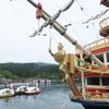 芦ノ湖の海賊船が豪華列車「ななつ星」デザイナーの手により豪華客船になっていた。